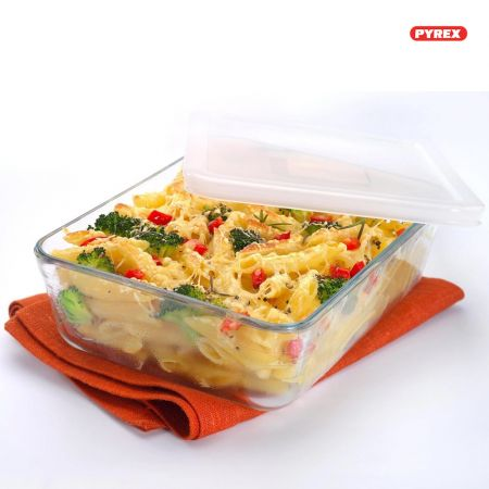 Pyrex Cook & Freeze Glass Rectangular Dish with plastic lid 22x17x6 1.5L - 242P000