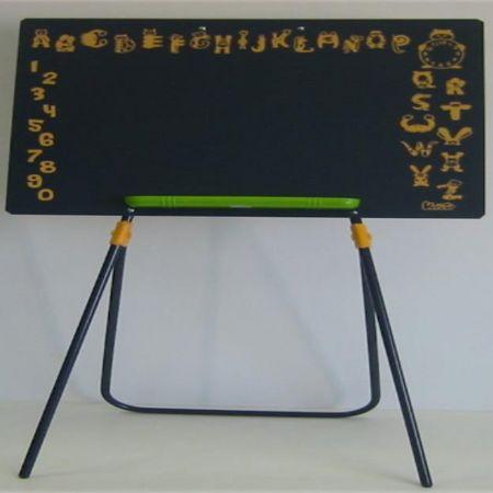 Μαυροπίνακας τρίποδο με ζωάκια και αριθμούς
