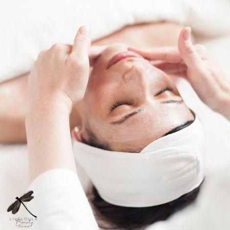 Βαθύς Καθαρισμός Προσώπου & 1 Θεραπεία RF στο Liveloula Beauty Studio - Λεμεσός - skroutz.com.cy