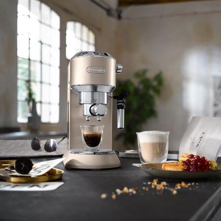 Delonghi Dedica Metallics Pump Espresso EC785.BG - Beige