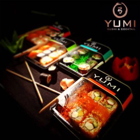 2 Επιλογές Sushi Platters YUMI Japanese & Cocktail Bar, Λευκωσία